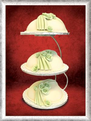 Hochzeitstorte 3-stöckig, Kuppel, grün