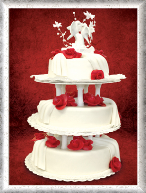 Hochzeitstorte, 3-stöckig, Fondant, rote Rosen