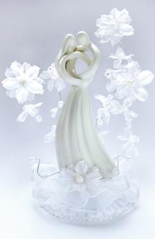 Brautpaar Porzellan Blumendeko